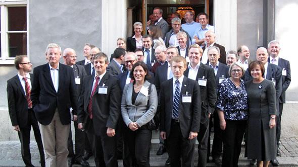 Group photo at the Visby seminar. Photo: Jarl Hjalmarson Foundation