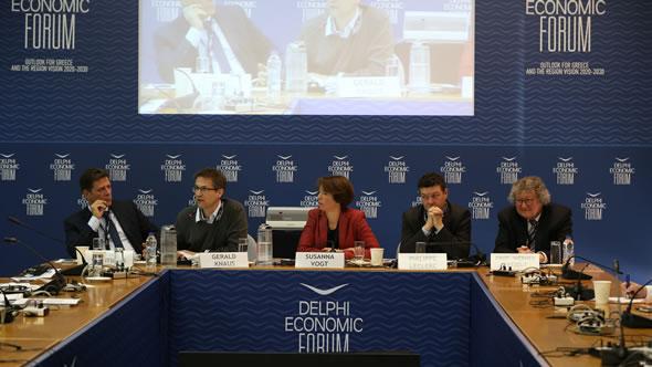 Miltiadis Varvitsiotis – Gerald Knaus – Susanna Vogt – Philippe Leclerc – Werner Patzelt. Photo: Delphi Economic Forum