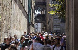 Mass tourism barcelona